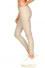 Knit-ted |  Faux leather legging Amber | natural  | Picture 5