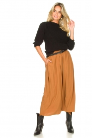 Knit-ted |  Maxi skirt with pockets Rosita | brown  | Picture 3