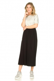 Knit-ted |  Maxi skirt with pockets Rosita | black  | Picture 4