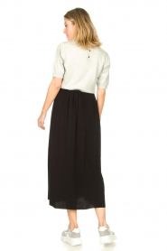 Knit-ted |  Maxi skirt with pockets Rosita | black  | Picture 7