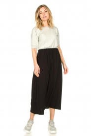 Knit-ted |  Maxi skirt with pockets Rosita | black  | Picture 3