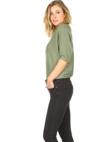 Knit-ted    Sweater with v-neck Buttercup   green    Picture 6