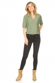 Knit-ted    Sweater with v-neck Buttercup   green    Picture 3