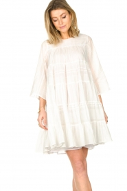 Devotion |  Cotton dress with ruffles | white  | Picture 4