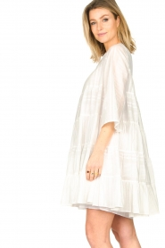 Devotion |  Cotton dress with ruffles | white  | Picture 5