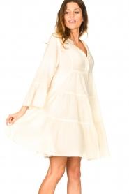 Devotion | Katoenen jurk met ruches Rosaline | naturel: Cotton dress with r  | Picture 4