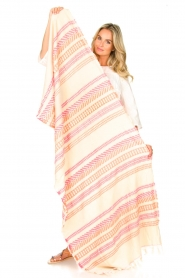 Devotion |  Beach towel Bee | pink  | Picture 2
