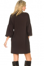 CHPTR S |  Blouse dress with puff sleeves Corny | black  | Picture 7