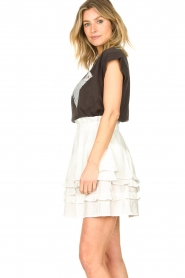 Sofie Schnoor |  Skirt with ruffles Louie | white  | Picture 5