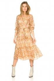 Sofie Schnoor |  Midi skirt with tie detail Solvej | beige  | Picture 3