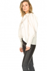 Sofie Schnoor |  Blouse with puff sleeves Marie | white  | Picture 6