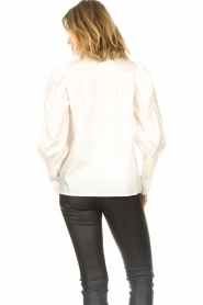 Sofie Schnoor |  Blouse with puff sleeves Marie | white  | Picture 7