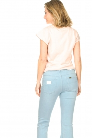 Sofie Schnoor |  Cotton T-shirt with print Nicoline | pink  | Picture 6