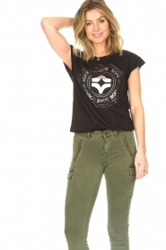 Sofie Schnoor |  Cotton T-shirt with print Nicoline | black  | Picture 4