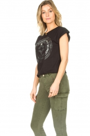Sofie Schnoor |  Cotton T-shirt with print Nicoline | black  | Picture 5