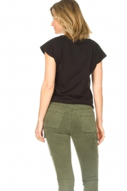 Sofie Schnoor |  Cotton T-shirt with print Nicoline | black  | Picture 7