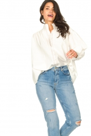 Silvian Heach |  Cotton oversized blouse with puff sleeves Wango | white  | Picture 4