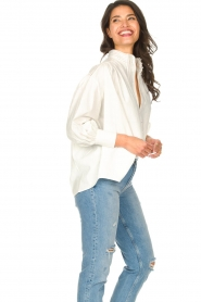 Silvian Heach |  Cotton oversized blouse with puff sleeves Wango | white  | Picture 6
