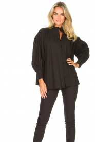 Silvian Heach |  Cotton oversized blouse with puff sleeves Wango | black  | Picture 2