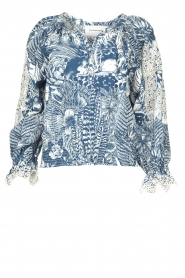 Silvian Heach    Top with broderie Millicent   blue    Picture 1