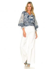 Silvian Heach    Top with broderie Millicent   blue    Picture 3