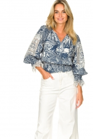Silvian Heach    Top with broderie Millicent   blue    Picture 5