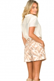 Silvian Heach |  Short with leaf print Mantova | pink   | Picture 6