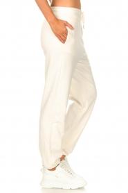 Set |  Basic sweatpants Maya | white  | Picture 5