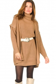 Liu Jo    Knitted cardigan with golden details Mirthe   camel    Picture 2