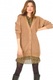 Liu Jo    Knitted cardigan with golden details Mirthe   camel    Picture 4