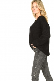 Set |  Chunky knitted sweater Saar | black  | Picture 6