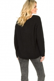 Set |  Chunky knitted sweater Saar | black  | Picture 7