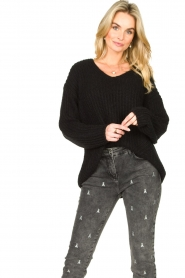 Set |  Chunky knitted sweater Saar | black  | Picture 5