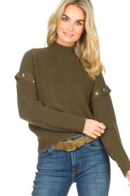 Liu Jo |  Knitted sweater with golden details Diana | green  | Picture 5