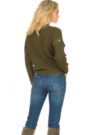 Liu Jo |  Knitted sweater with golden details Diana | green  | Picture 8