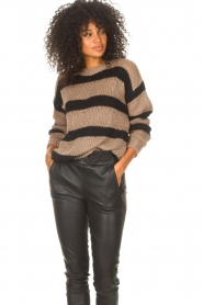 Liu Jo |  Sweater with sequins Jenna | black  | Picture 4