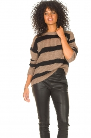 Liu Jo |  Sweater with sequins Jenna | black  | Picture 2
