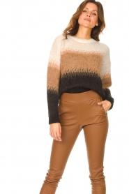 Liu Jo |  Knitted sweater Fenna | beige  | Picture 2