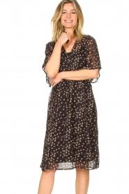 Les Favorites |  Midi floral print dress with lurex Charlie | black  | Picture 4