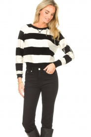 Liu Jo |  Sweater with chain details Maddy | black  | Picture 2