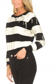 Liu Jo |  Sweater with chain details Maddy | black  | Picture 7
