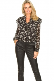 Liu Jo |  Top with floral print Ray | black  | Picture 4