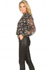 Liu Jo |  Top with floral print Ray | black  | Picture 5