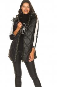 Liu Jo    Faux leather waistcoast Odette   black    Picture 4