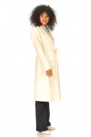 Liu Jo    Cloak coat with tie waist belt Joy   natural    Picture 5
