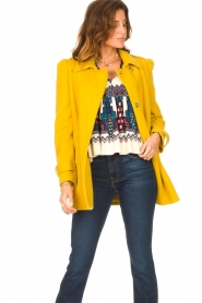 Liu Jo |  Coat with button details Sara | yellow  | Picture 4