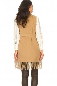 Liu Jo |  Woolen waistcoat with fringes Karla | camel  | Picture 8