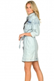 Set |  Denim dress with tie belt Rania | blue   | Picture 6