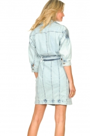 Set |  Denim dress with tie belt Rania | blue   | Picture 7