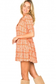 Genesis |  Dress with graphic print Kelly | orange  | Picture 6